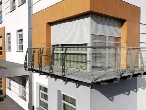 zabudowa-balkonow-2